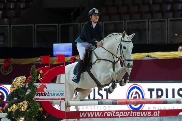 Salzburgs Victoria Hofer siegte mit Jatek in der SPS Small Amateur Tour Finale © Nini Schäbel