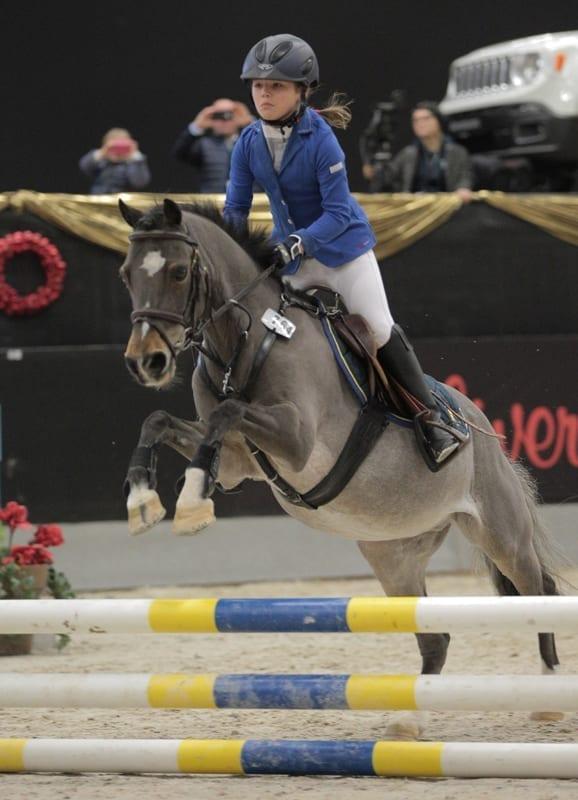Emma Bachl sicherte sich mit Reino B den Sieg in der Super Pony Tour! © Fotoagentur Dill