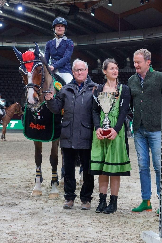 Cabalou und seine Reiterin Ute Meinhart (ST) siegten in der Alpenspan Medium Amateur Tour. © Salzburg City Guide