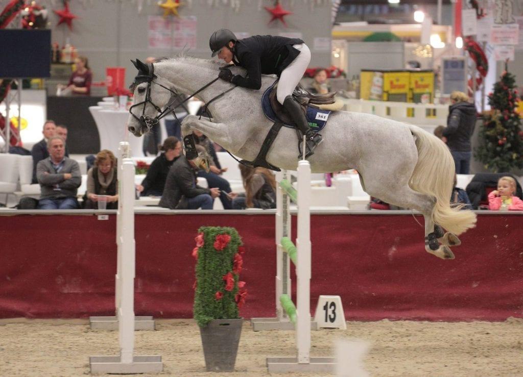 Wervel unter Manuel Eugster (SUI) im CSI2* Sportland Salzburg Grand Prix bei der Mevisto Amadeus Horse Indoors 2016. © Fotoagentur Dill