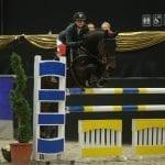 Doppelte Siegesfreuden für Johanna Sixt (B) in der Junioren Tour bei den Mevisto Amadeus Horse Indoors. © Fotoagentur Dill