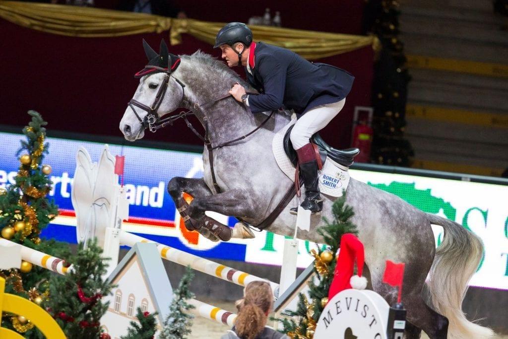 Top unterwegs war Robert Smith (GBR) einmal mehr im Parcours der Mevisto Amadeus Horse Indoors und holte Rang zwei im Römerhof Masters. © Michael Graf