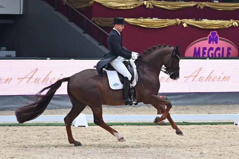 Matthias Bouten und Bodyguard gewannen die Pferde von Auheim Dressage Cup Musikkür. © Fotoagentur Dill