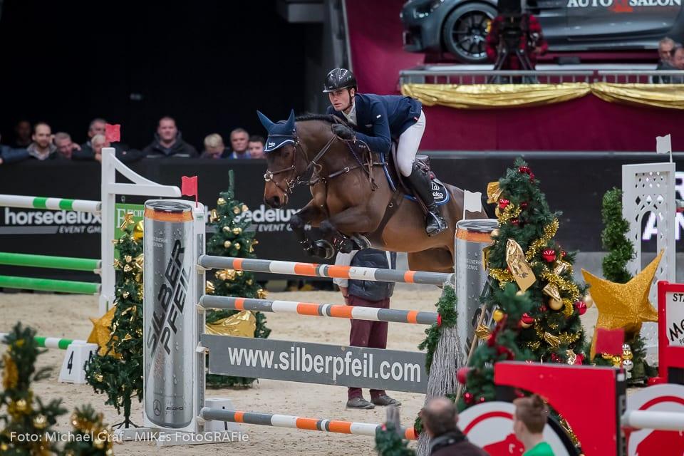 Platz 2 im Stall Römerhof Championat von Salzburg für Chalisco und Emil Hallundbaek (DEN). © Michael Graf