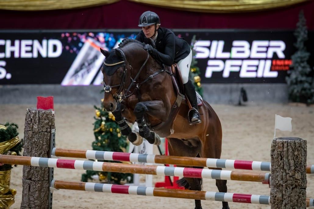 Julia Houtzager-Kayser (T) wurde Zehnte im Sportland Salzburg Grand Prix presented by MUKI. © Michael Graf
