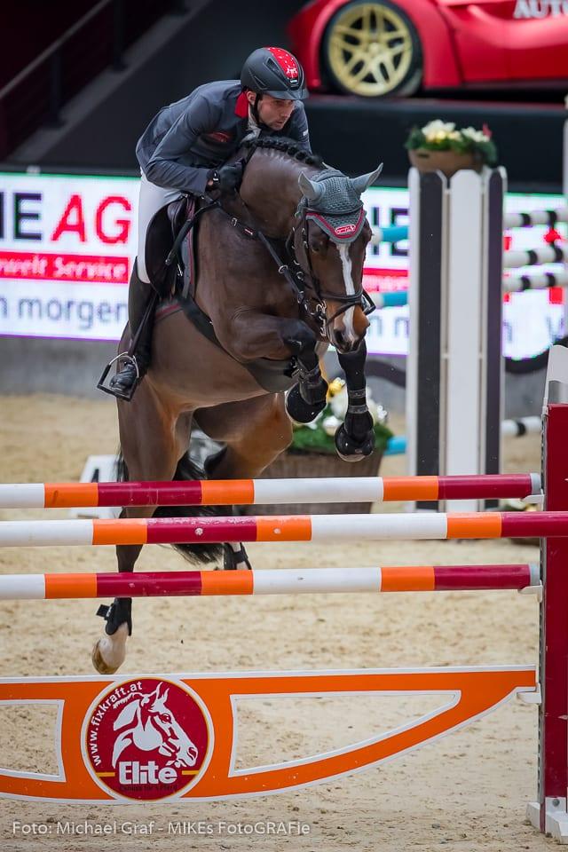 Denis Nielsen und Taquadriga wurden Dritte im AlpenSpan Big Tour Opening der Amadeus Horse Indoors. © Michael Graf