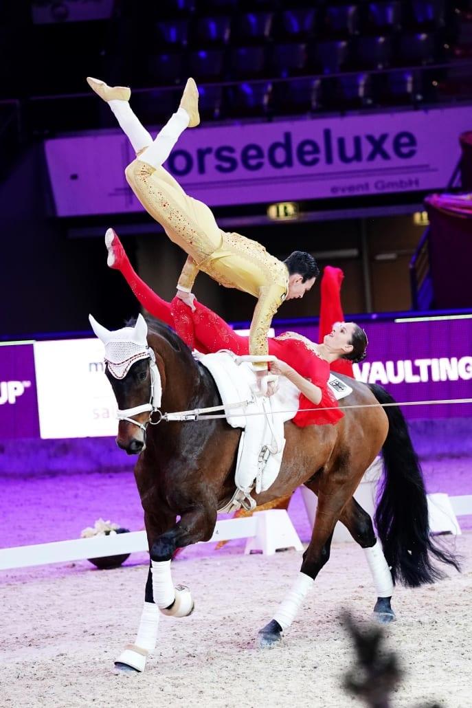 Die Pas de deux-Weltcupfinalsieger von 2018, Torben Jacobs und Theresa-Sophie Bresch, sind mit dem Sieg in Salzburg auf dem besten Weg zur Titelverteidigung. © Andrea Fuchshumer