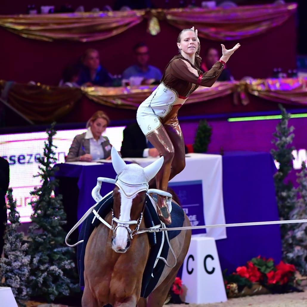 Nadja Büttiker (SUI) liegt nach Runde eins in Führung im Weltcup von Salzburg. © Daniel Kaiser