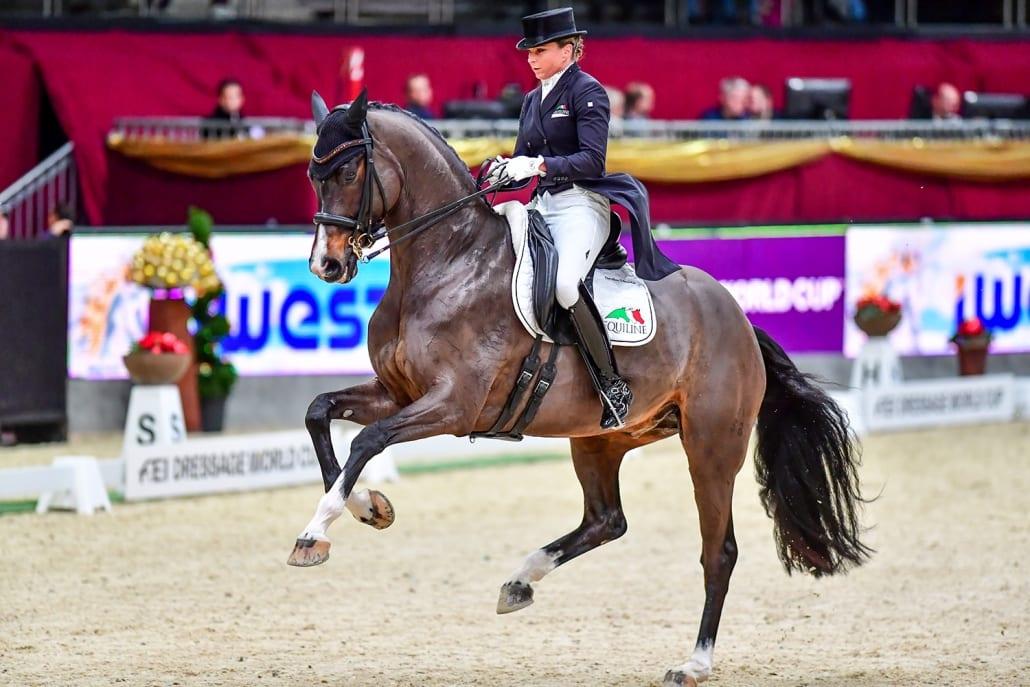 Platz zwei im Weltcup Grand Prix von Salzburg für die Team-Weltmeisterin Dorothee Schneider (GER) und Faustus. © Daniel Kaiser