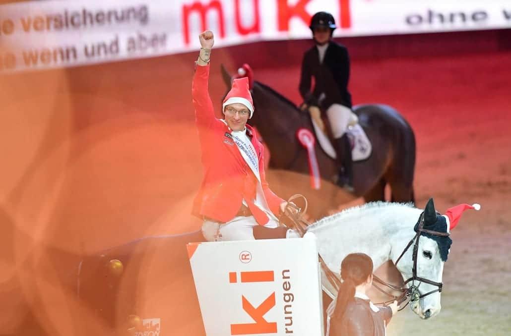 Yes! Tobias Meyer und Queentina holten drei Siege bei der Amadeus Horse Indoors 2018. © Daniel Kaiser