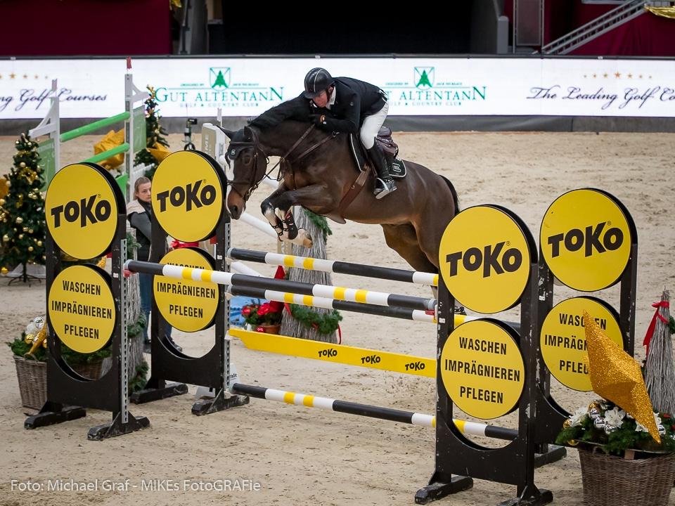 Dritter im Weltranglistenspringen um den Preis der Murhof Gruppe wurden GLOCK Rider Gerco Schröder (NED) und GLOCK's Zaranza. © Michael Graf