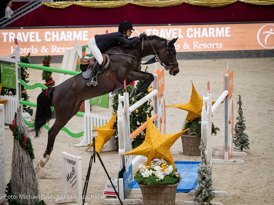 Auf Platz 3 im Travel Charme Grand Prix bei der 14. Amadeus Horse Indoors sprangen Alexandra Thornton (GBR) und Cornetto K. © Michael Graf