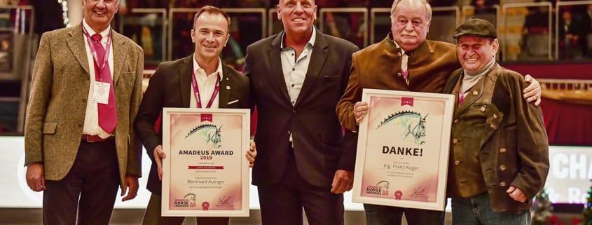 Von links nach rechts: Dr. Ernst Griebnitz (Präsident Salzburger Pferdesportverband), Bgm.-Stellvertreter Bernhard Auniger, Josef Göllner, Ing. Franz Kager, Hugo Simon © Daniel Kaiser