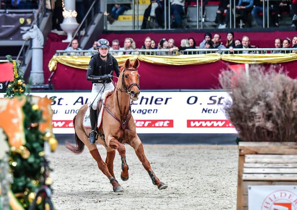 Beste Österreicherin im Auto Pichler Indoors Derby 2019 waren Lea Siegl und Fighting Line. © Daniel Kaiser