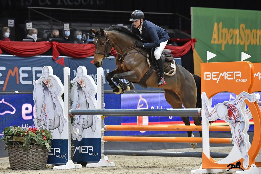 Werner Magyer und Nymphea vd Donkhoeve auf dem Weg zu Platz 3 im SPS Small Tour Finale. © Sibil Slejko