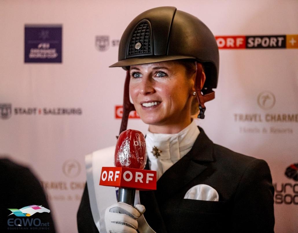 Die Weltcupsiegerin von Salzburg im Interview ORF Interview. © EQWO.net