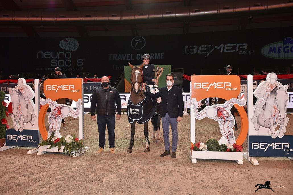 Alexander Durban gratulierte bei der Siegerehrung im Namen der Bemer Group. © Sibil Slejko
