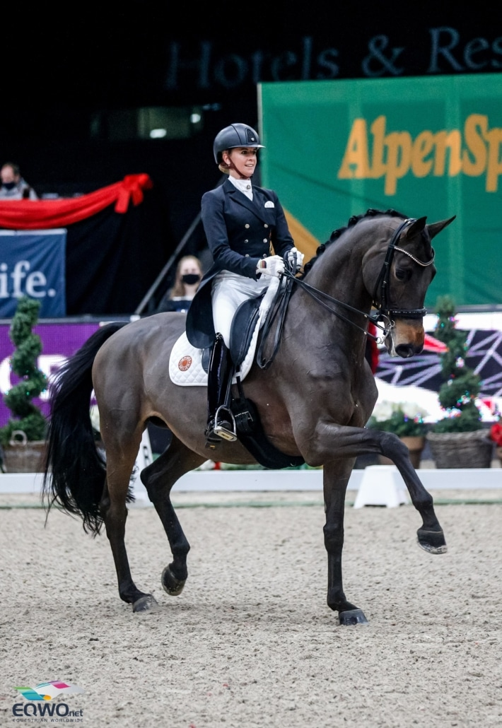 Jessica von Bredow-Werndl (GER) und TSF Dalera BB wurden mit 79.630 % Zweite. © EQWO.net